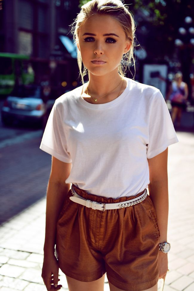 Short femme couleur camel - Vetement fitness et mode 9b33dc14816