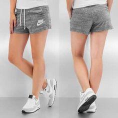 Short nike femme gris - Vetement fitness et mode 2c866a4640c4