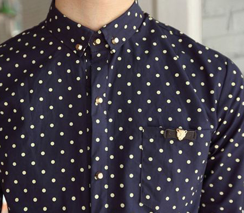 Chemise motif. Chemise motif. Je veux trouver une belle chemise femme et  agréable à porter pas cher ICI ... 119ddd532a03