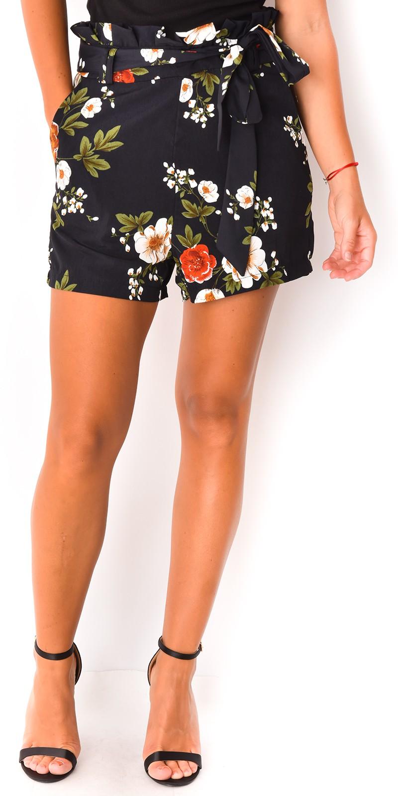 Short femme a fleur