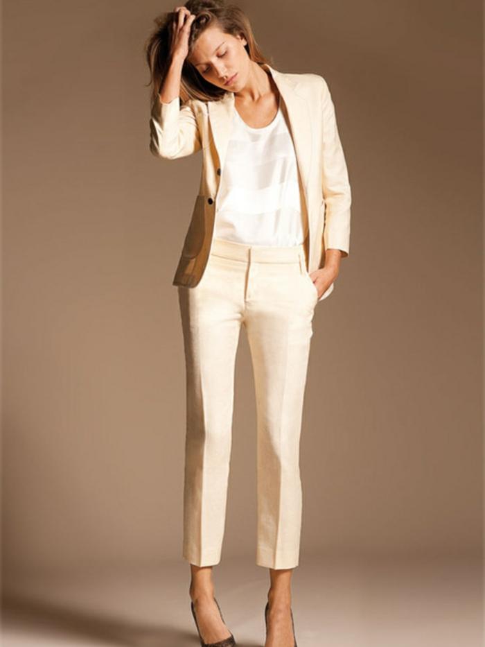 Veste classe femme blanche